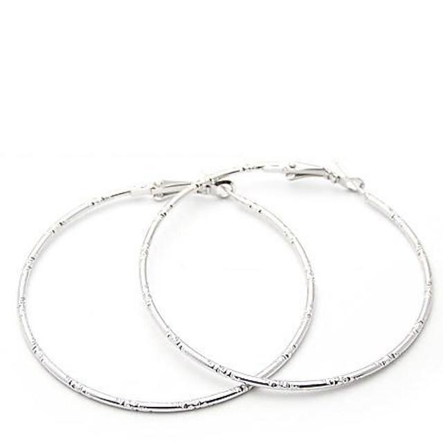 Pentru femei Cercei Rotunzi Decupată Machete femei Personalizat Simplu stil minimalist cercei Bijuterii Auriu / Argintiu Pentru Petrecere Casual Zilnic Sport