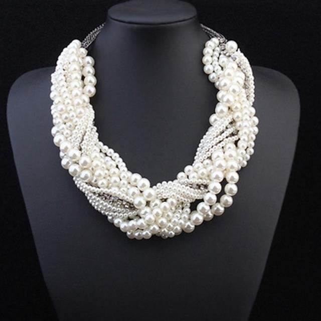 Pentru femei Perle Coliere Multistratificat Răsucit Declarație femei Lux Perle Aliaj Alb Coliere Bijuterii Pentru Petrecere Nuntă Ocazie specială Costume Cosplay