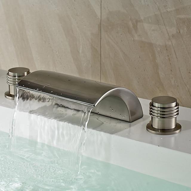 伝統風 組み合わせ式 滝状吐水タイプ セラミックバルブ 二つのハンドル三穴 ブラッシュドニッケル, バスルームのシンクの蛇口