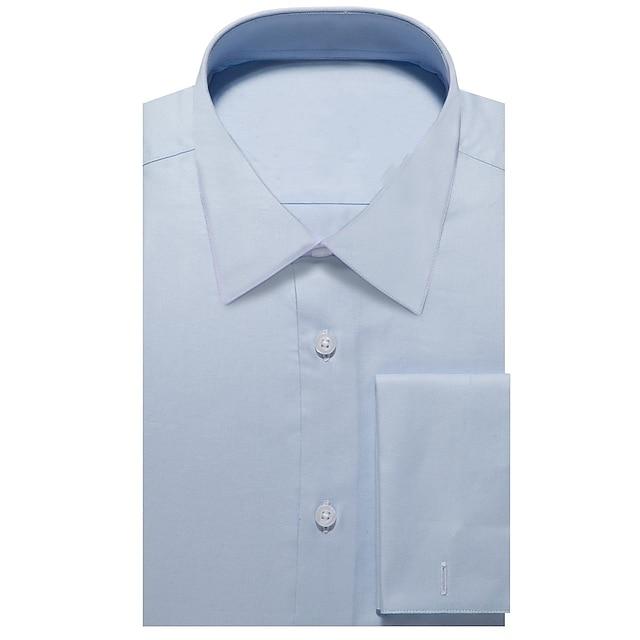 světle modrá oxfordská košile