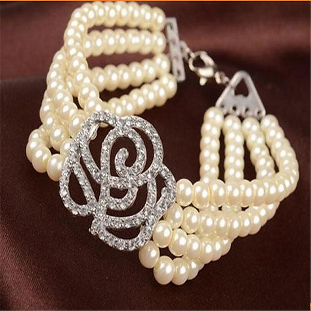 Women's Pearl Bead Bracelet Beads Flower Fashion Alloy Bracelet Jewelry White For Party Evening Gift Date Festival
