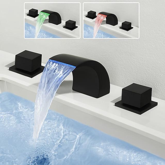 Torneira pia do banheiro - Cascata / Separada Acabamentos Pintados Difundido Duas alças de três furosBath Taps