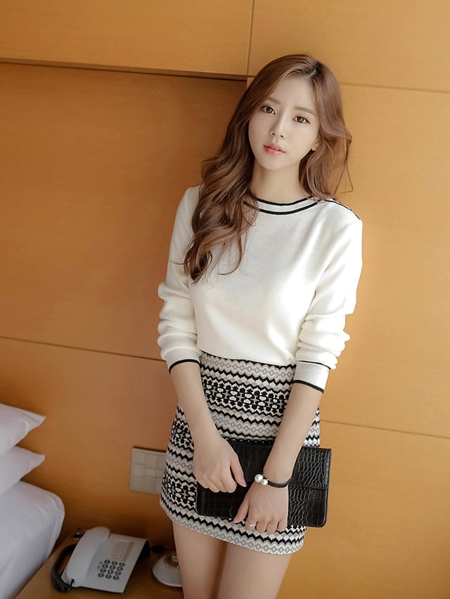 Women's Work Going out Casual/Daily Simple Vintage Sophisticated Geometric Round Neck Skirt Regular, Long Sleeves Spring Fall Cotton