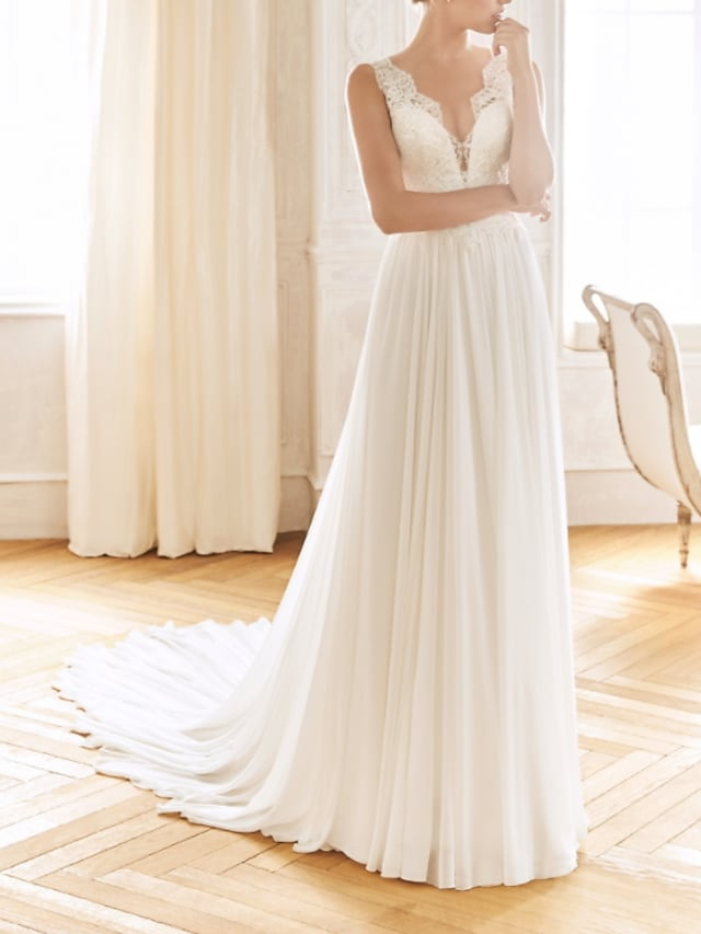 A-Line Wedding Dresses V Neck Sweep / Brush Train Chiffon Lace Sleeveless Vintage Sexy Wedding Dress in Color See-Through Backless with Pleats 2021