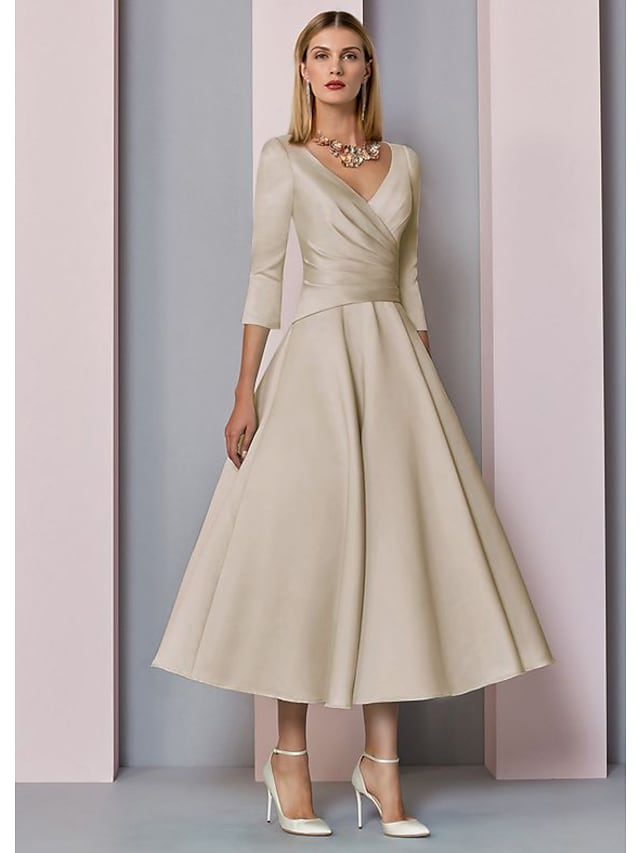 Linha A Vestido Para Mãe dos Noivos Tamanhos Grandes Elegante Vintage Decote V Longuette Cetim Manga 3/4 com Pregas 2021