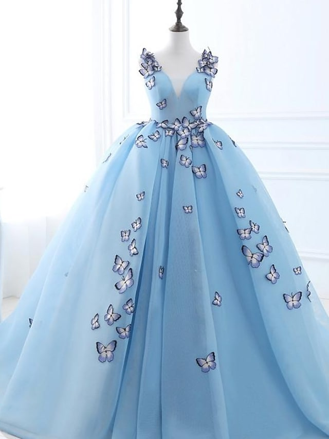 Ball Gown Luxurious Floral Engagement Prom Dress V Neck Sleeveless Court Train Tulle with Pleats Appliques 2021