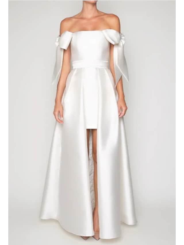 Krój A Zabytkowe Seksowny Zaręczynowy Kolacja oficjalna Sukienka Z odsłoniętymi ramionami Krótki rękaw Sięgająca podłoża Satyna z Plisy Spódnica 2021
