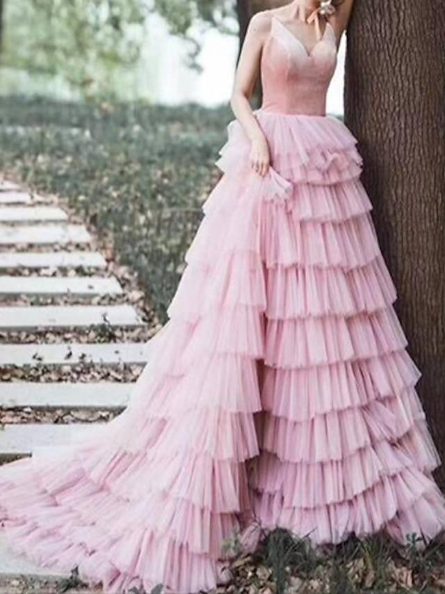 A-라인 고급스러운 우아함 댄스 파티 포멀 이브닝 드레스 V 넥 민소매 코트 트레인 튤 와 타이어 2021