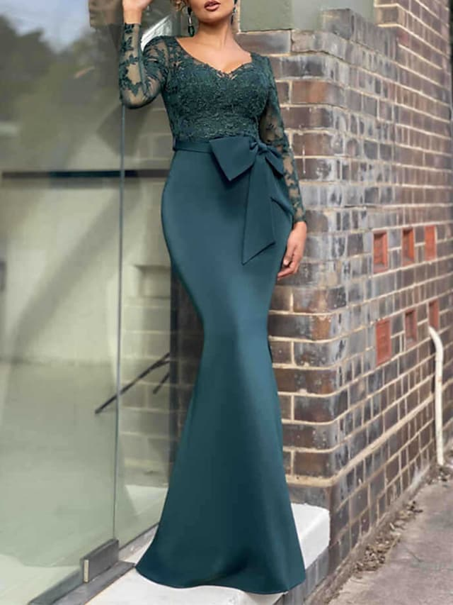 Mermaid / Trumpet Mother of the Bride Dress Elegant Sexy V Neck Floor Length Lace Stretch Chiffon Long Sleeve with Bow(s) Appliques 2021